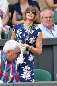 anna-wintour-wimbledon-vogue-6jul15-getty_b_592x888