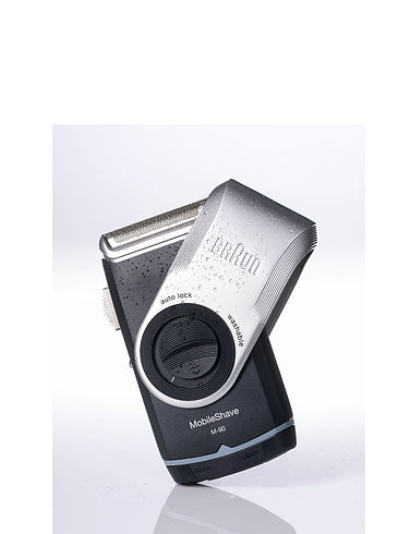Braun Mobile Shave With Precision Trimmer