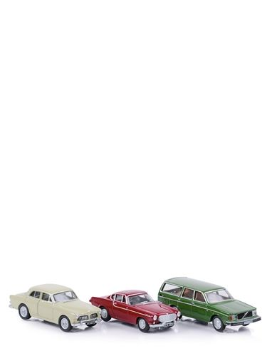 Set of 3 Volvo's