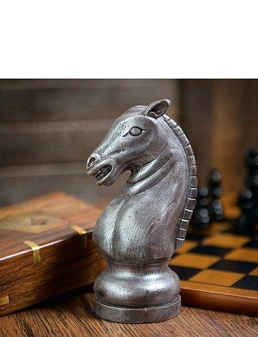 Chocolate Chess Knight