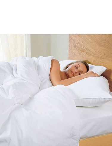 Pack of 4 Silentnight extra full pillows
