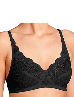 Triumph Amourette 300 Non-Wired Bra.