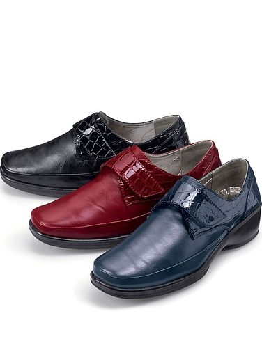 LADIES TOUCH AND CLOSE COMFORT SHOE