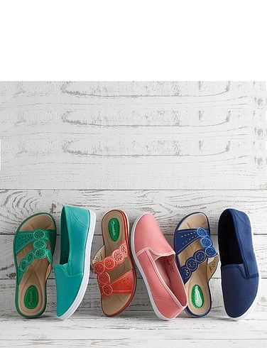 Ladies Slip On Mule Sandal With Gel Pad