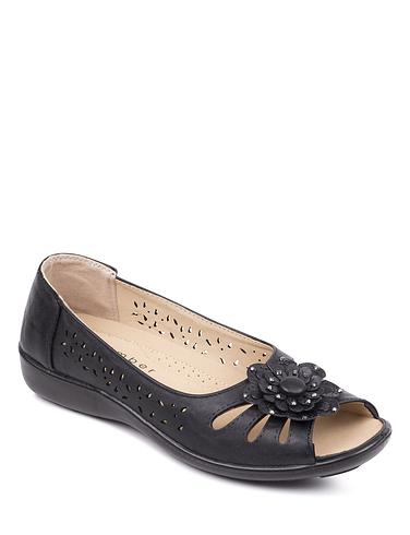 Open Toe Slip On Sandal.