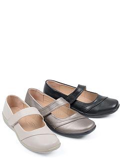 Lightweight Touch Fastening Comfort Shoe