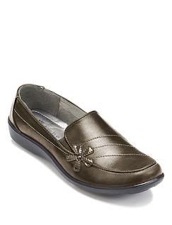 Ladies Slip On Comfort Shoe.