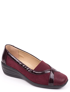 Patent Trim Shoe