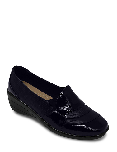 Patent Trim Twin Gusset Comfort Shoe
