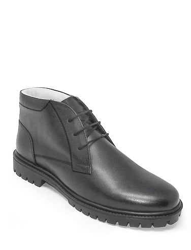 Fleece Lined Boot with Fleece Lining and Rugged Outsole
