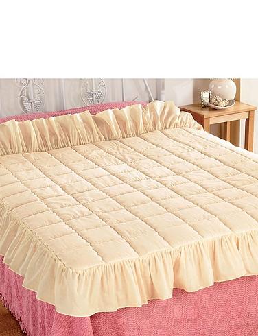 Plain Traditional Eiderdown Style Quilt