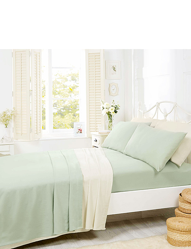 Supersoft Plain Dyed Flannelette Bedlinen By Belledorm - Fitted Sheet