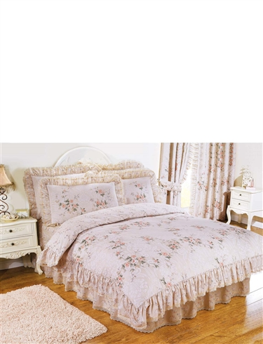 CHARLOTTE QUILT SETS & CURTAINS