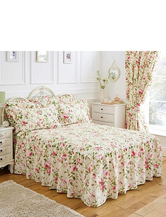 Trailing Rose Quilted Fitted Bedspread, Pillowshams and Lined Curtains
