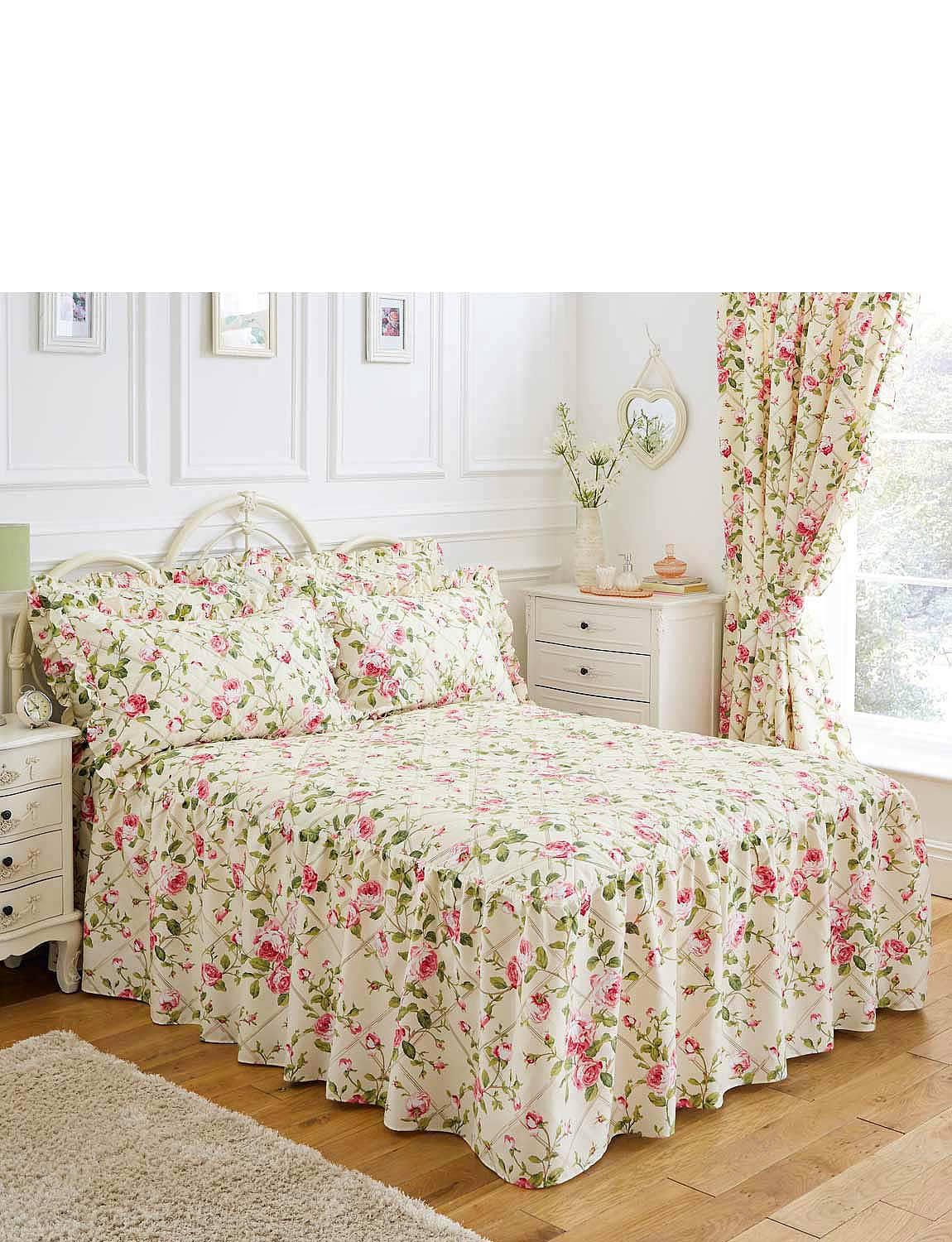 Trailing Rose Quilted Fitted Bedspread, Pillowshams and Lined Curtains  - Rose