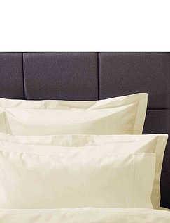 Ultralux 1000 Thread Count Housewife Pillowcase Pair by Belledorm