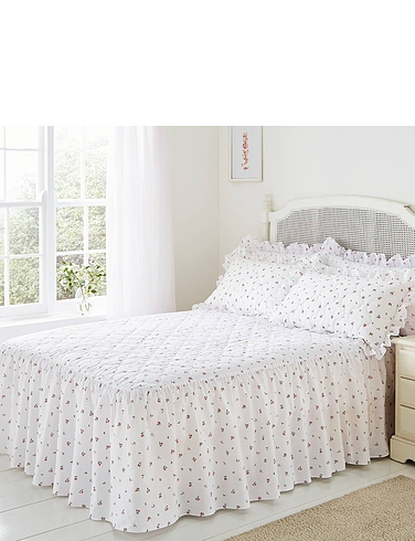 Rosebud Quilted Bedspread